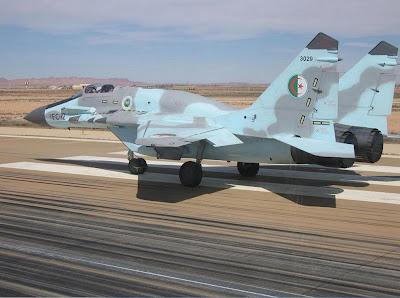 القواعد الجوية في الجزائر مع الاسراب القتالية MIG-29SMT+FC-12+3029+ARGELINO+2+LAGHOUAT
