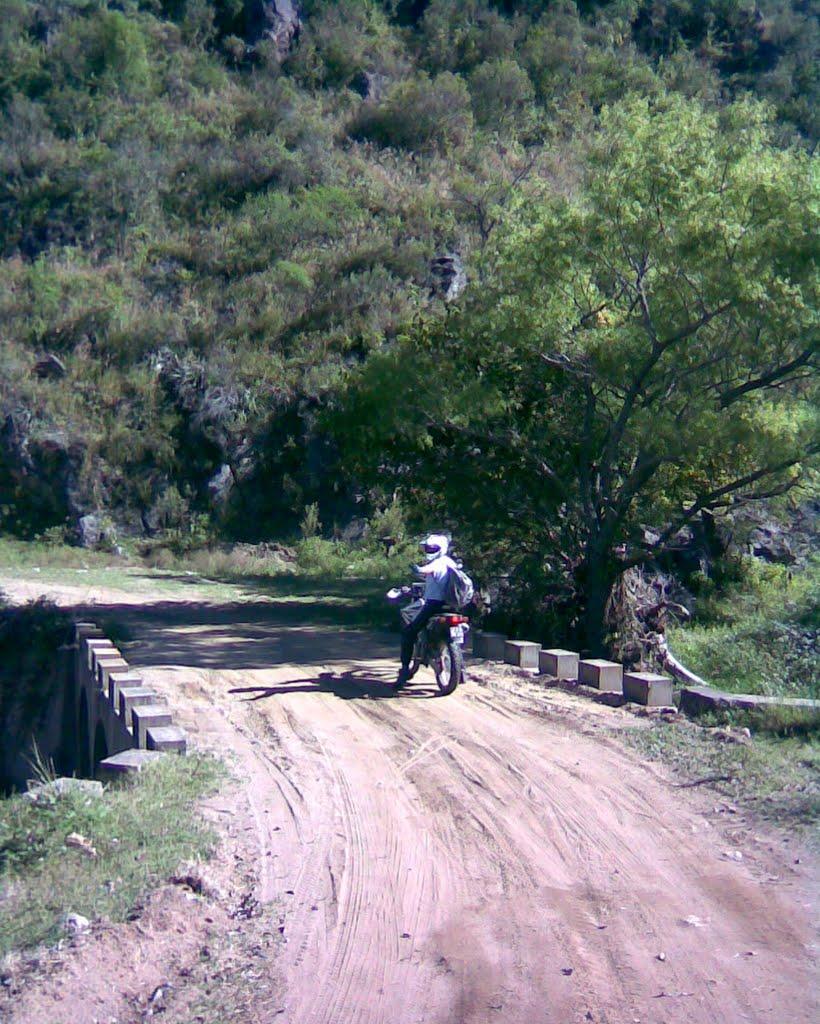 Motos Calamuchita: Salida en Moto por detras del Embalse del Cerro ...
