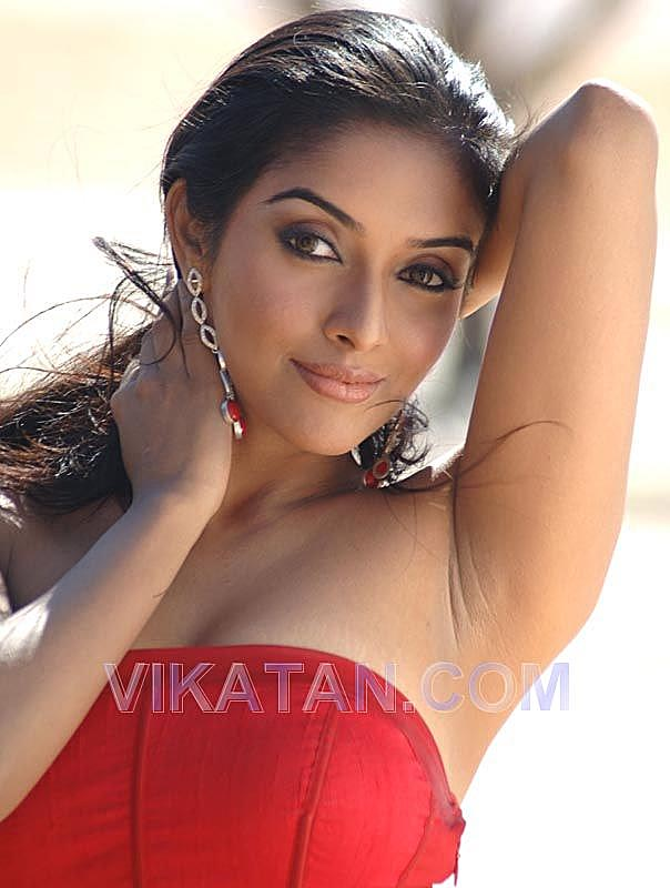 Armpit of Asin the indian actress