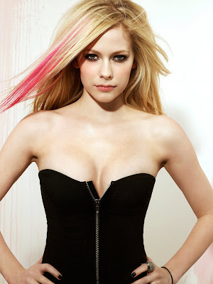 Beauty Singer Avril Lavigne With Elegant Hot Corset Lingerie