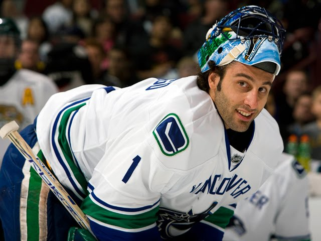 The Puck Report Today In Nhl History Luongo S Stick Gets Stuck