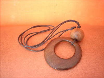 Antique Wood Crafts Necklace, Wood Handicraft, handicraft Design, Handicraft Product