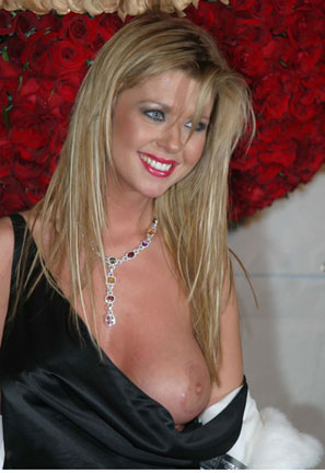 tara reid nude photos