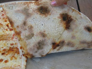 pizzetta pizza: its all about the crust