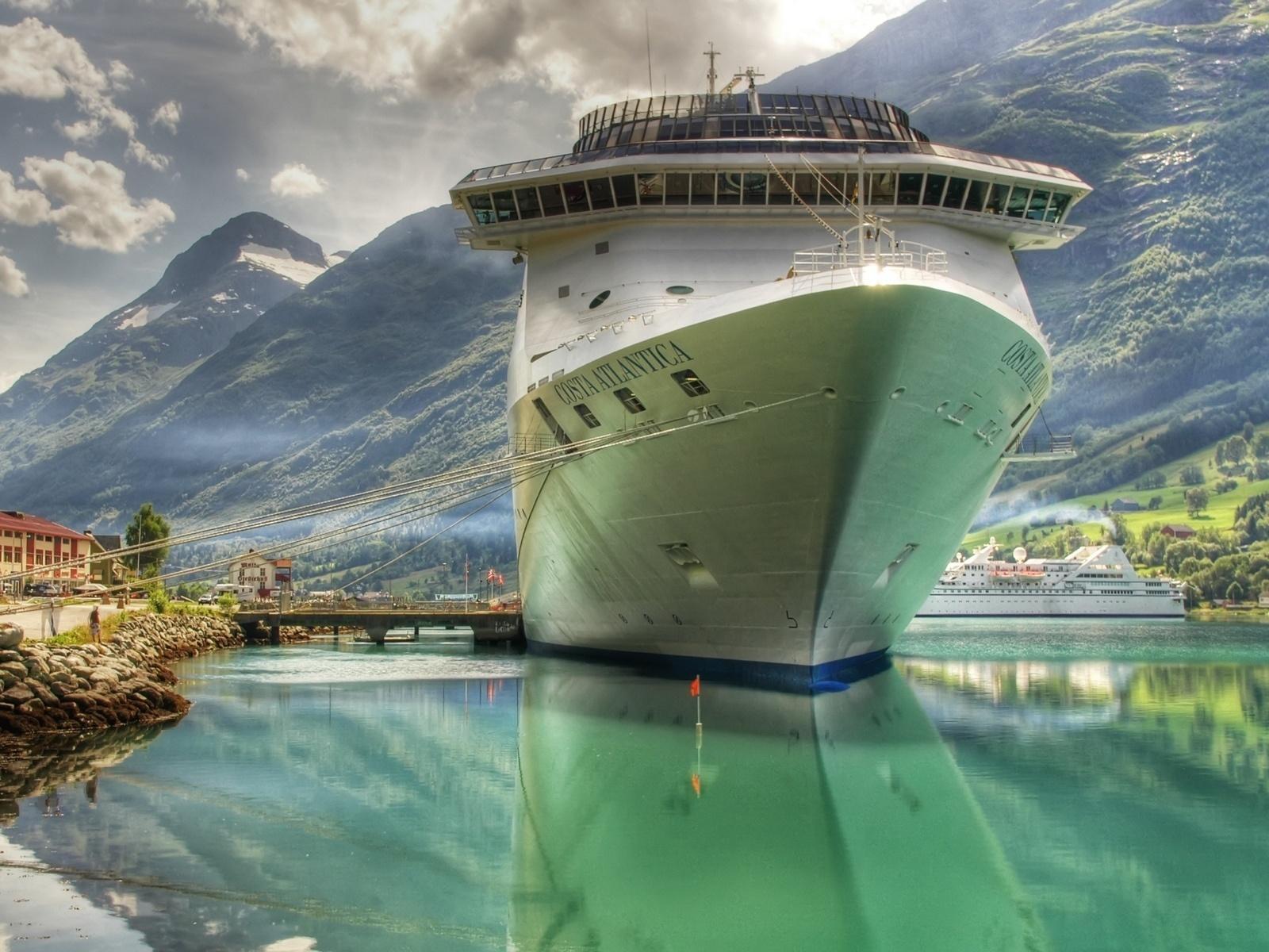 vas de croaziera 1600x1200 HD Masaüstü Resimleri