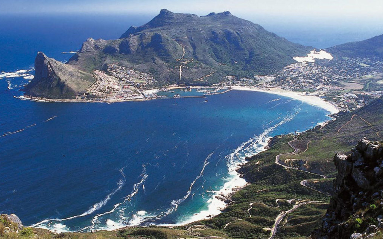 cape town Discover a world of unique experiences when you click below and be inspired by the city of cape town and the western cape's wine & cuisine, culture & heritage and events & festivals.