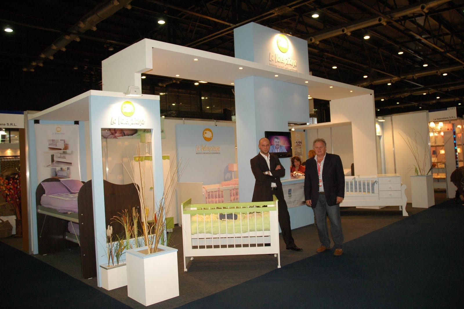 La valenziana expo presente 2010 for Fabrica italiana de muebles