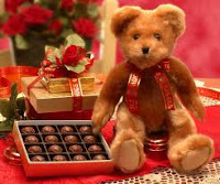 teddy gift with chocolates