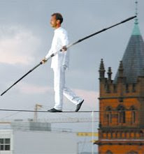 Tightrope walker Ramon Kelvink Jr.