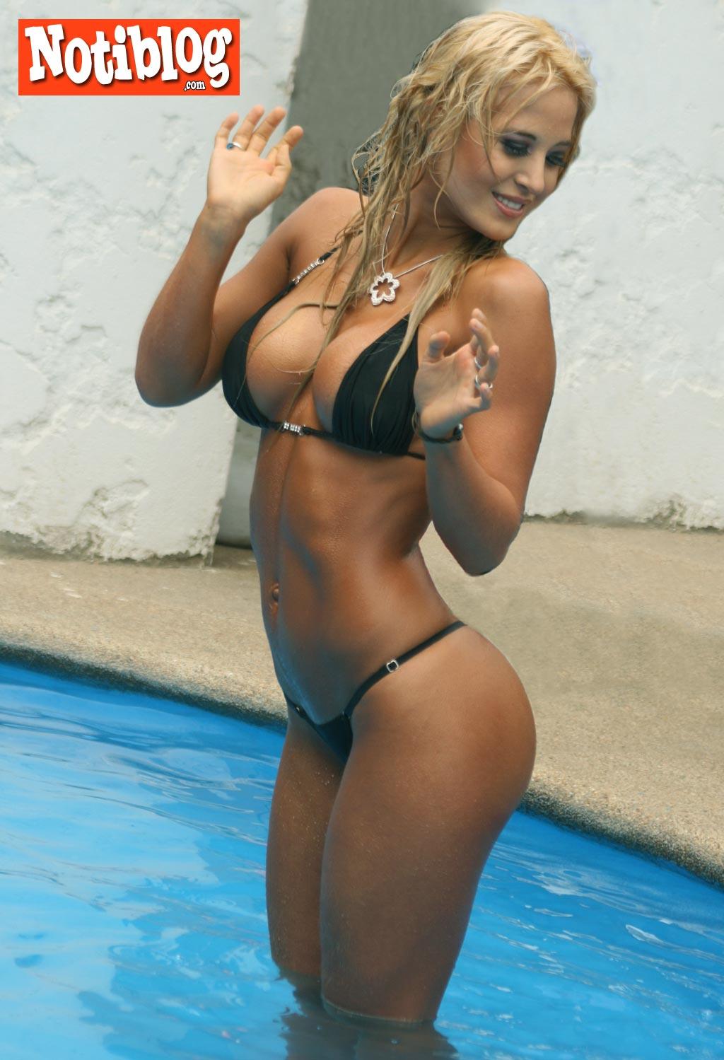 http://1.bp.blogspot.com/_2OOtcU5P9YE/SxWVMq6zroI/AAAAAAAAAR8/xAqux77qwLg/s1600/jesica-cirio-f6.jpg