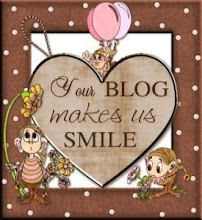 Your Blog Makes Us Smile Award