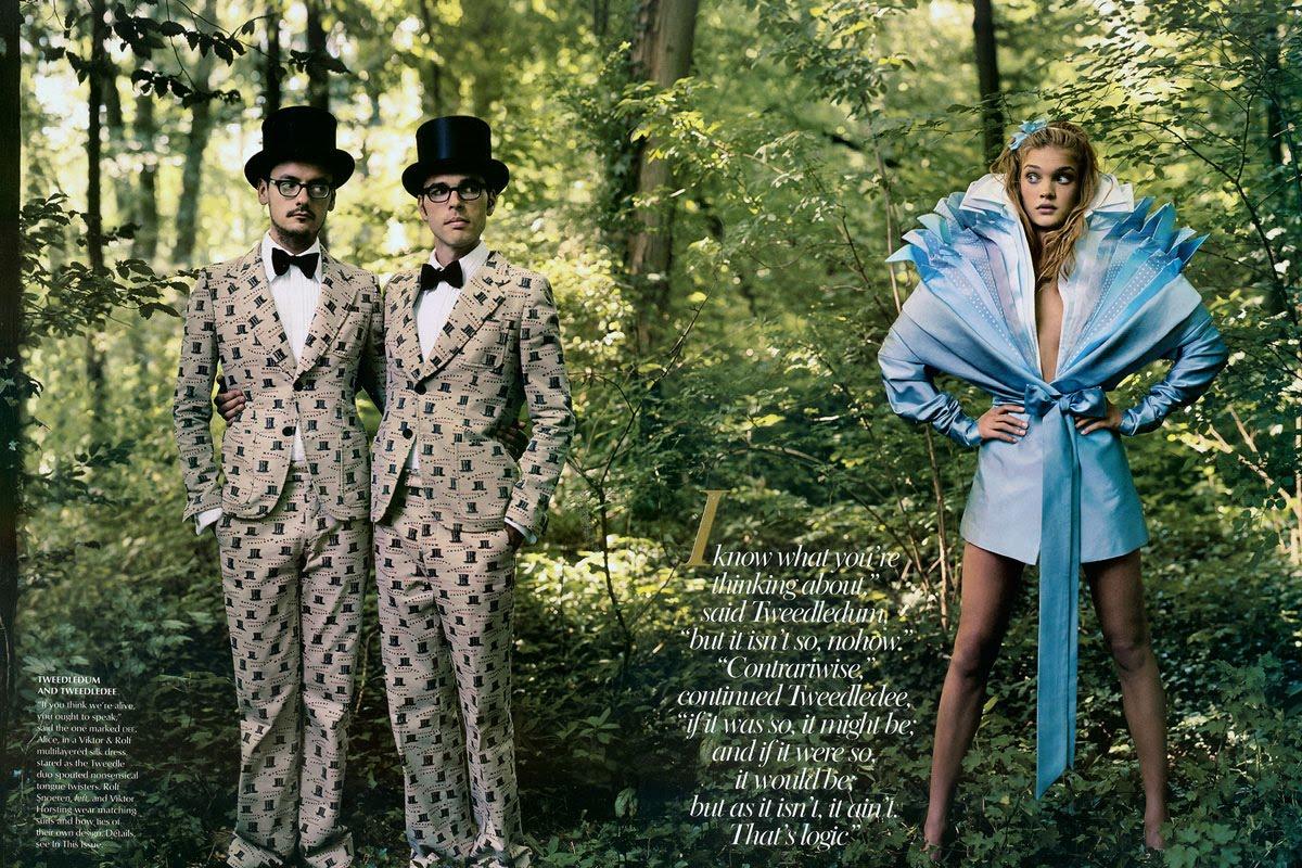 http://1.bp.blogspot.com/_2QGiLPrLco0/S7wiaw7D6rI/AAAAAAAAAvQ/IttD4OoDd00/s1600/Natalia+Vodianova+Alice+in+Wonderland+3.jpg