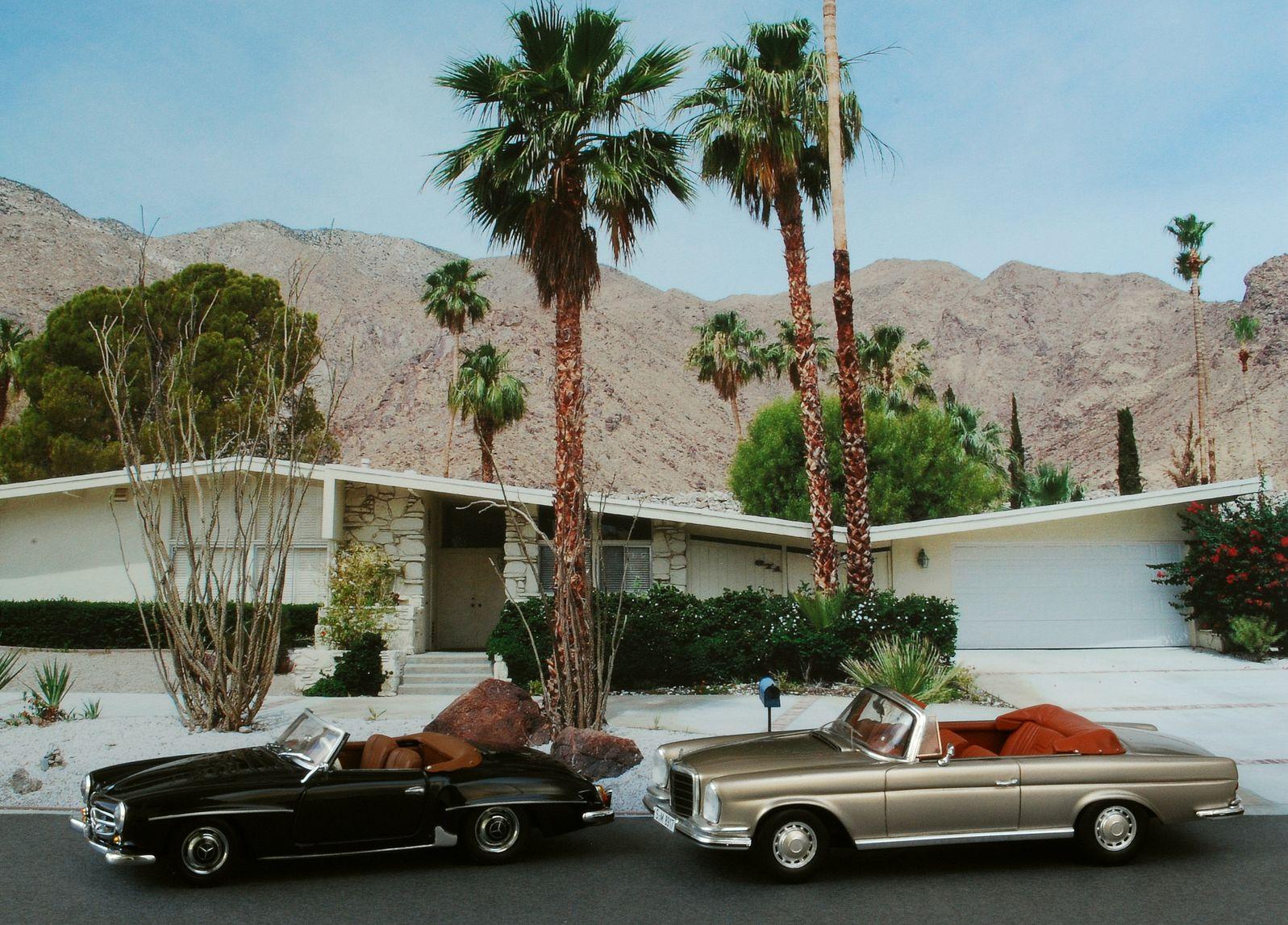 H Tel De Mode Take Me To Palm Springs