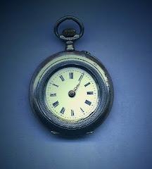 Mój zegarek zgubił wskazówkę i stanął po 12-stej...