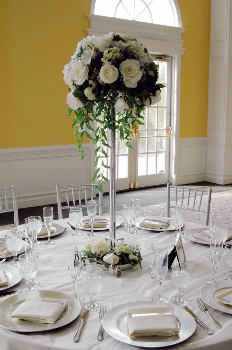 Wedding preparation flower table centerpieces