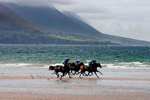Glenbeigh Races, eppes, waat een muss gesinn hun, en Deel vun irescher Tradition