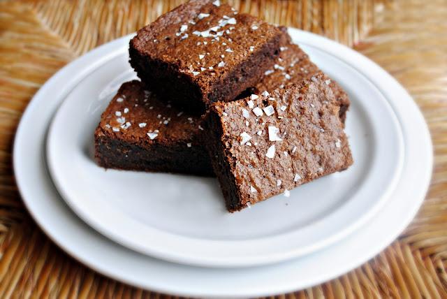 Salted Fudge Brownies l SimplyScratch.com