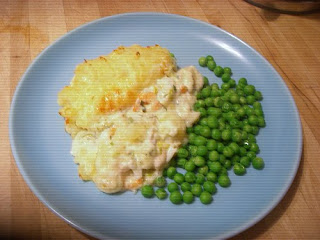 fish pies with leeks and prawns