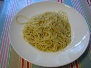 garlic, chilli and olive oil spaghetti