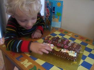 milo and cake