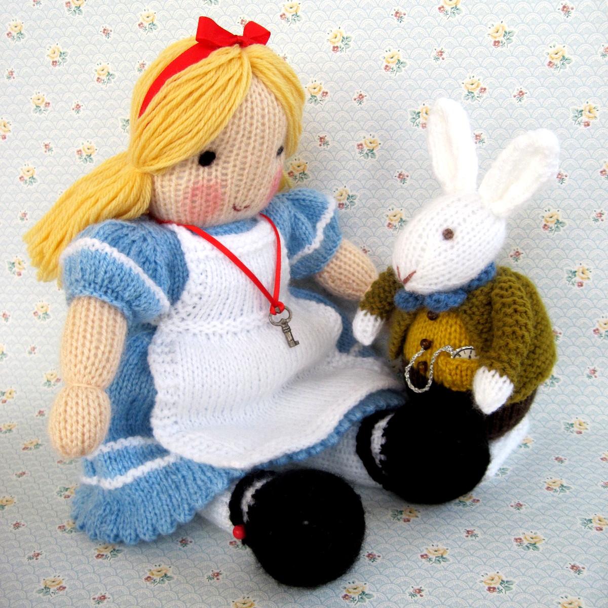 Flutterby Patch: Alice in Wonderland