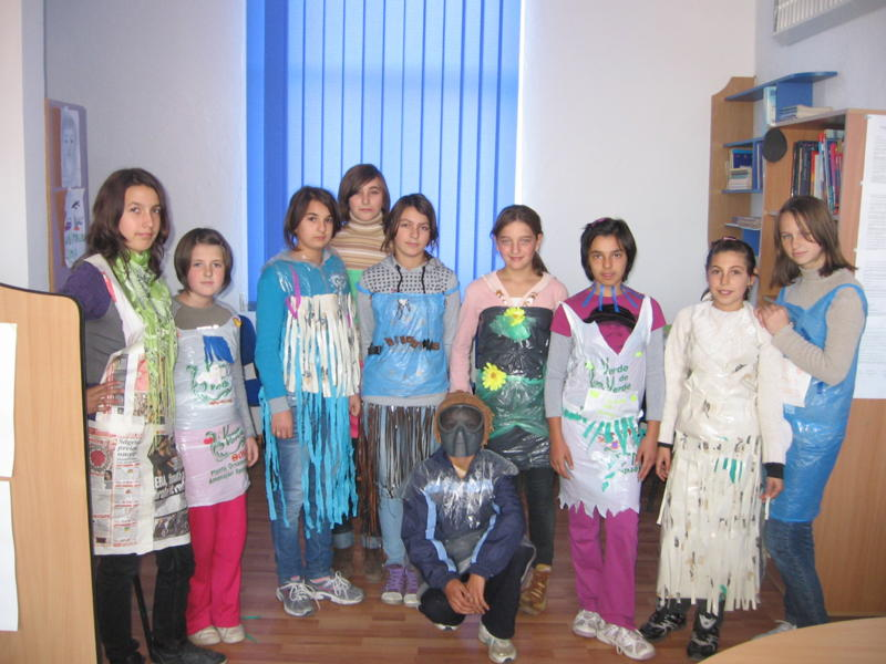 Parada Costumelor Confectionate Din Materiale Reciclabile