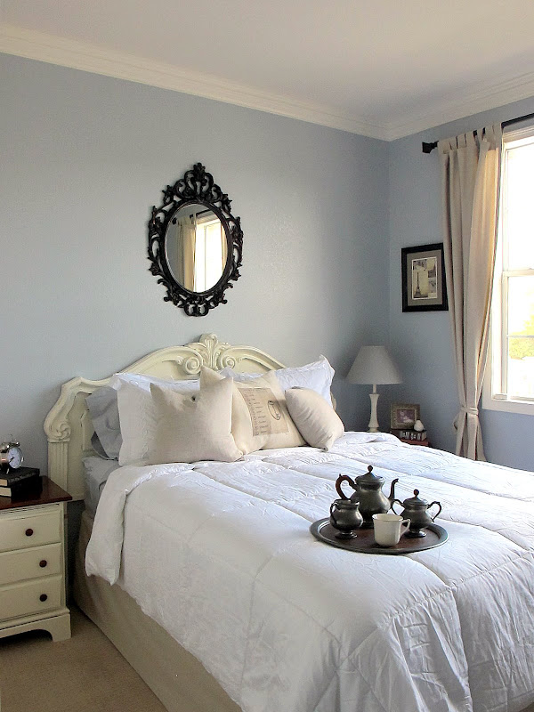 Chelsea by the sea favorite paint colors blog - Camere da letto stile shabby chic ...