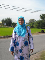 My Mom ( Ruminah bt. Kasmuri )