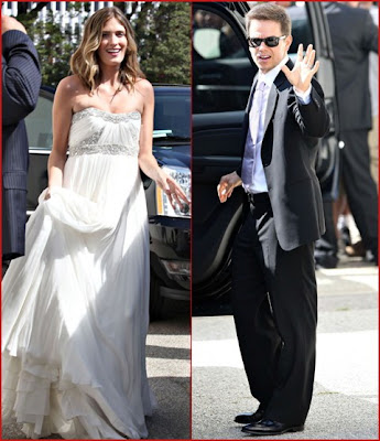 Celebrities Wedding Dress at 2009-Mark Walhberg married