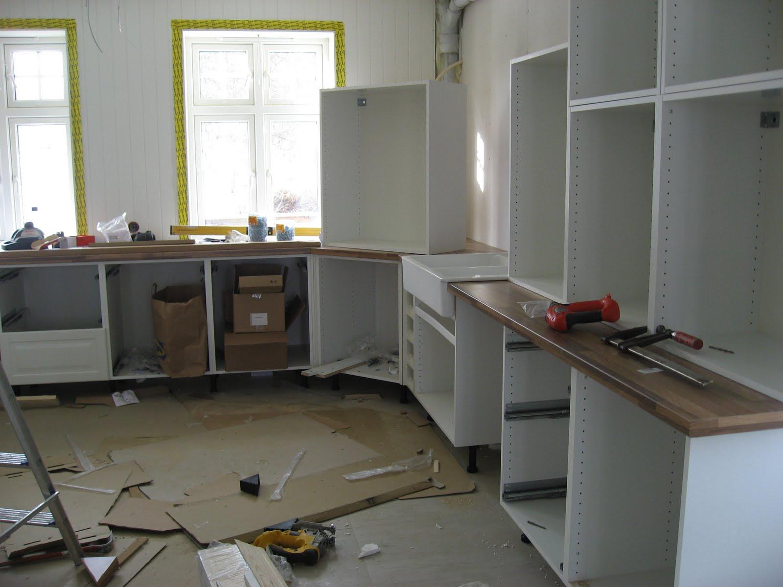 Montere Ikea Kjøkken: Montering av ikea kj%C%Bkken. Kjøkkenet ...