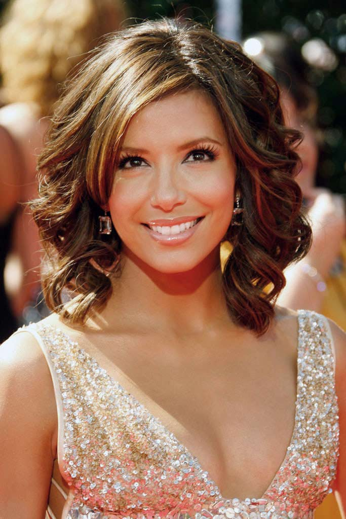 Hairstyles for Round Face these are the short hairstyles pohots of celebrity