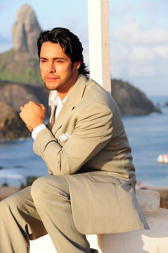 Leonardo Romanzeira no Mister Paraíba Tur 2011