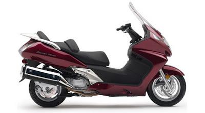 HONDA Scooter - 2009 Honda Motorcycle Models  2009 Honda Silver Wing