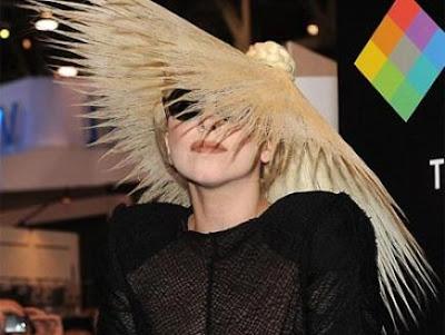 lady gaga hairstyles how to. Lady Gaga again create a