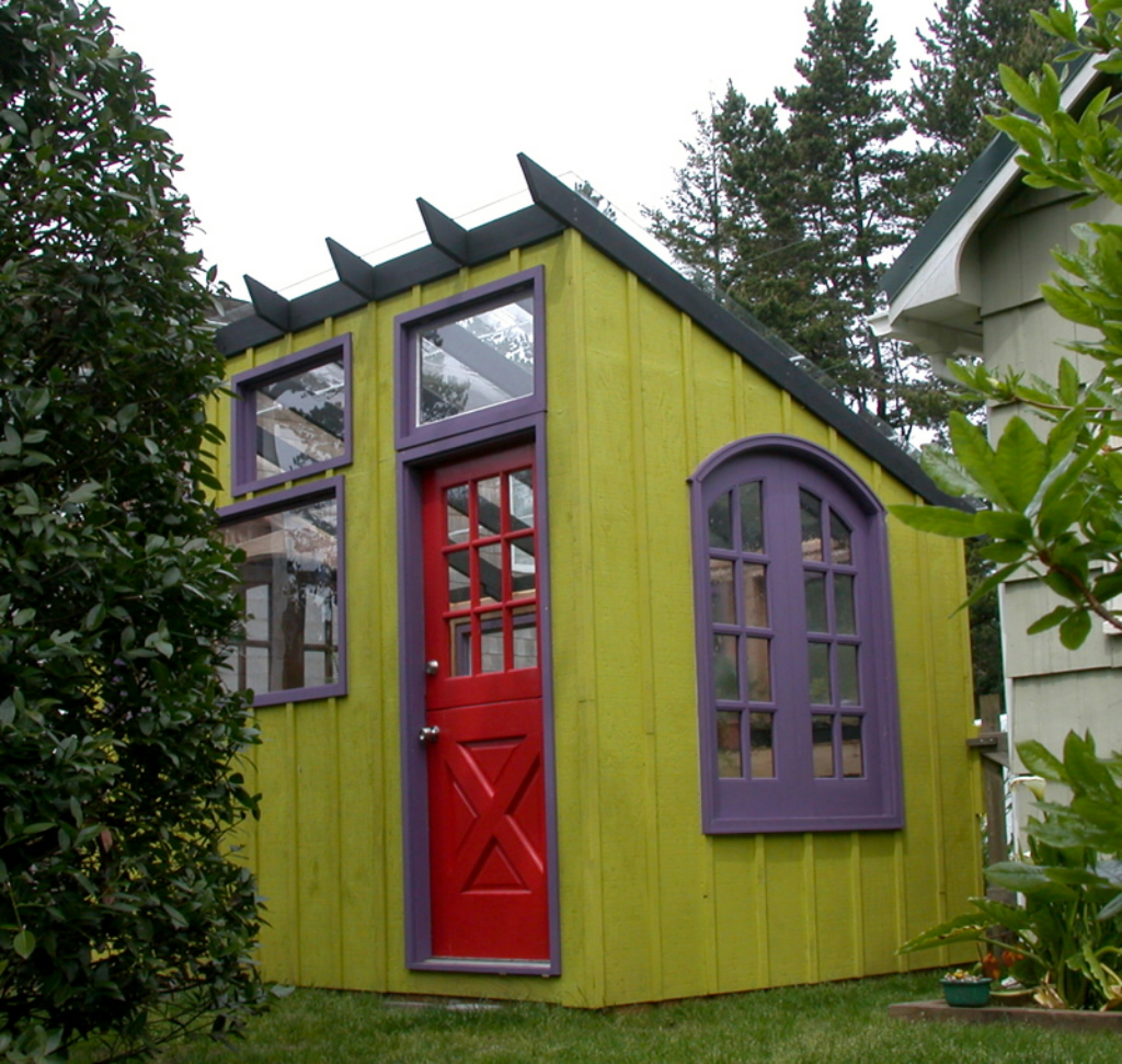 Garden sheds ideas in making garden sheds for Very small garden sheds
