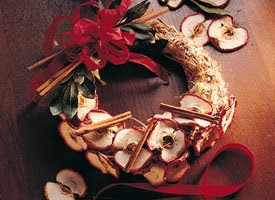 Christmas Cinnamon Apple Wreath