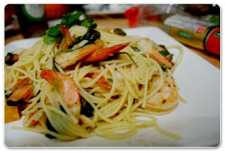 Pasta With Pepper Prawns