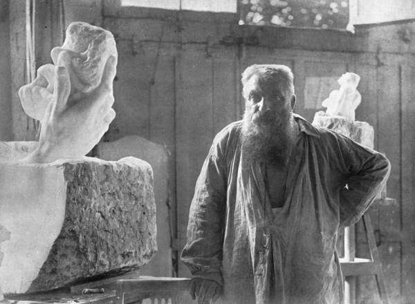 Auguste Rodin Elsen_atelier_big