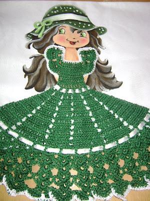 bonecas c/vestidos de croche