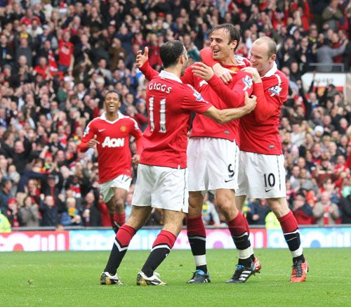 Manchester United Vs Liverpool 2010/11 Match Picture Man ...