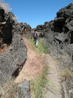 Lava Beds National Monument, hiking Captain Jack's Stronghold
