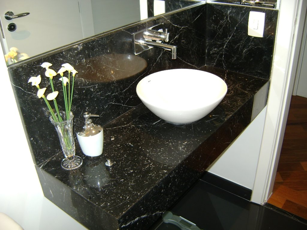 para o mármore Nero Marquina ele é o contrário do anterior Carrara  #623B1F 1024x768 Bancada De Banheiro Em Marmore Carrara