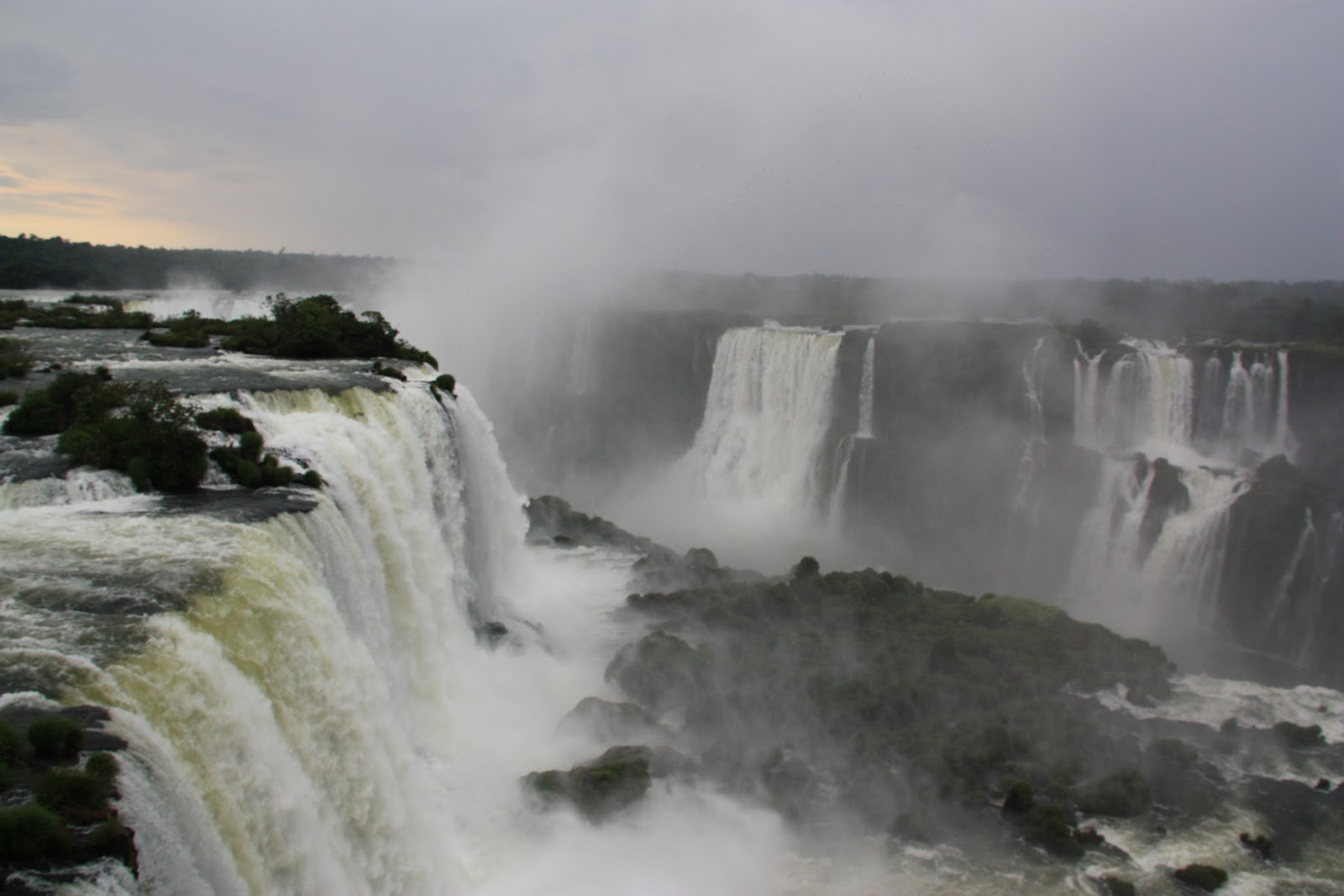 iguazu falls sunset - photo #30