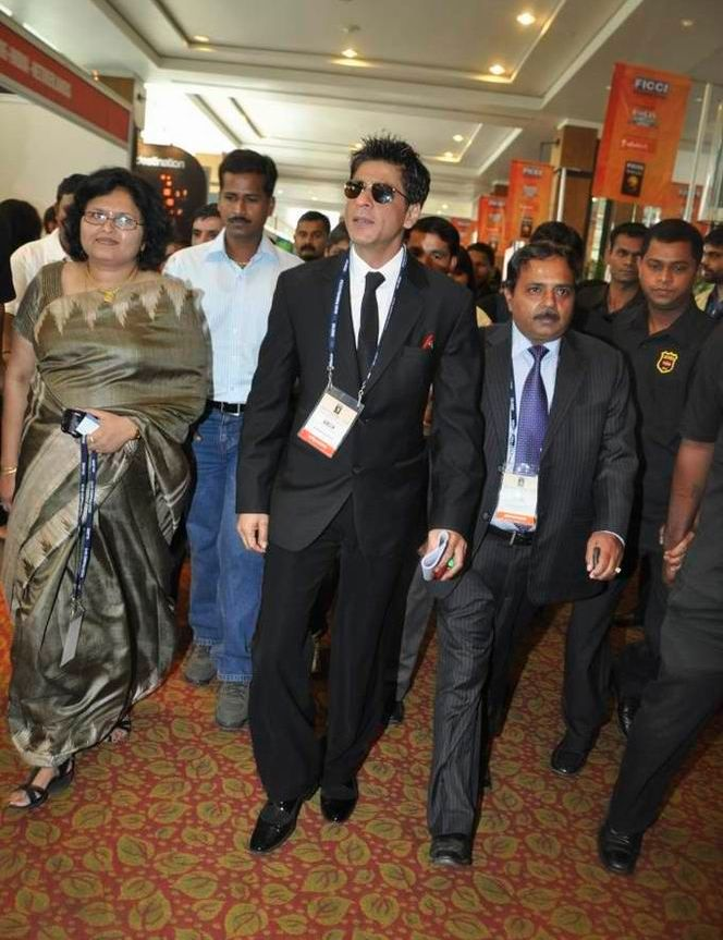 Shah rukh khan FICCI photo 2 Katrina Kaif and Shahrukh Khan spotted together bollywood gallery