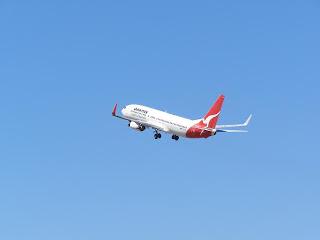 Boeing B737-838, VH-VXD, Qantas Airways Ltd