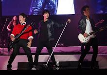 Jonas en river, 21 de mayo ♥