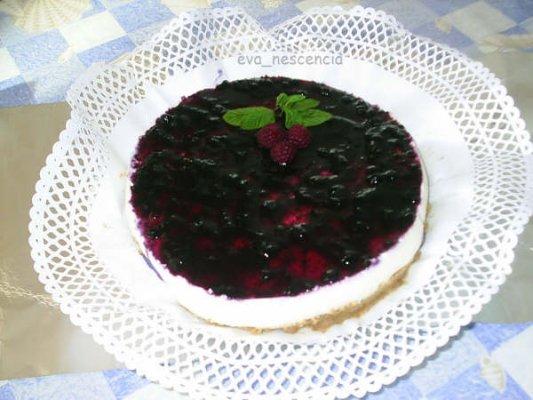 tarta de queso con mermelada de arandanos