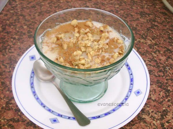 copa de horchata con melon y nueces
