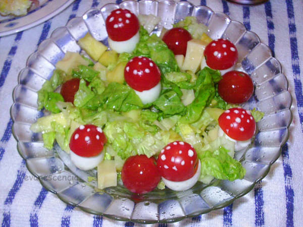 ensalada decorado con setitas