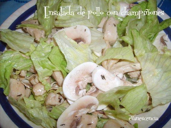 ensalada de pollo con champiñones